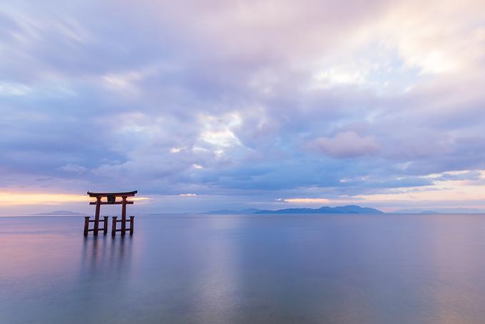 滋賀県・注目のパワースポット「白鬚神社」